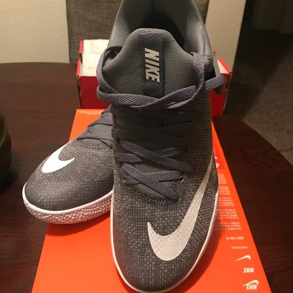Zapatos Nike Hombres Zoom Basketball Us 85 Poshmark Zoom Hombres Shift 1fd0e3